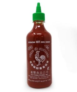 huy fong sriracha hot chilli sauce squeezy bottle